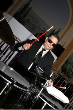 Percussionist to play with the DJ for your Wedding