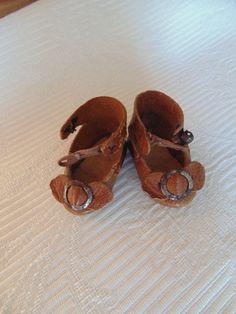 petites chaussures anciennes LP cuir poupée Bleuette JUMEAU doll shoes taille 0 in Jouets et jeux, Poupées, vêtements, access., Poupées anciennes | eBay