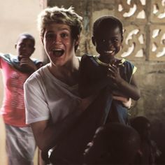 Nialls beautiful smiles. awww... :') one direction/ Ghana