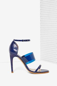 The Mode Collective Triple Threat Leather Heel - Navy Vinyl | Shop Shoes at Nasty Gal!