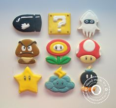 Mario Bros cookies ---- kids would loooove this (but waaaayyy to much work to make) Mario Bros Cake, Super Mario Cake, Super Mario Birthday, Mario Birthday Party, Super Mario Party, Super Mario Bros, Cookies For Kids, Cute Cookies, Cupcake Cookies