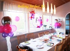 Balloons, Table Decorations, Home Decor, Globes, Balloon, Interior Design, Home Interior Design, Dinner Table Decorations, Home Decoration