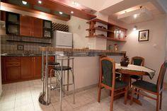 LOKACIJA: Slavija ULICA: Makenzijeva SPRAT: 2 KVADRATURA: 72.00m² OSOBA: 6 TIP: Dvosobni http://www.belano.rs/sh/apartmani/nika-2-soban-stan-beograd-72m2 #apartman #apartmani #stanovi #slavija #beograd #belgrade #apartments