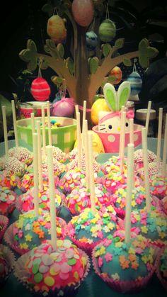 Easter cake pops!