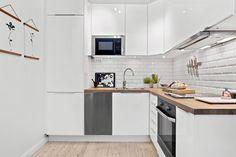 Tulegatan 22, 4 tr Kitchen Ideas, Interior, Table, Furniture, Home Decor, Decoration Home, Room Decor, Design Interiors, Home Furniture