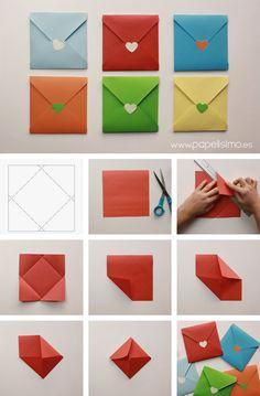 Cómo hacer sobres de papel originales | http://papelisimo.es/como-hacer-sobres-de-papel-originales-para-tarjeta-cuadrada/ #manualidadesfaciles