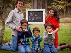 Ideas para sesiones de fotos familiares on pinterest - Cuadros con fotos familiares ...