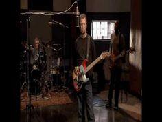 Eric Clapton -  Sweet home Chicago (HQ)Guitarra y voz: Eric Clapton Guitarra: Doyle Bramhall II Bajo: Nathan East Bateria: Steve Gadd Organ: Billy Preston Piano: Chris Stianton.