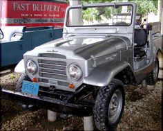 landcruisers at war Toyota Fj40, Nobby, Toyota Land Cruiser, Fiat, Monster Trucks, Cars, Jeeps, Vehicles, Autos
