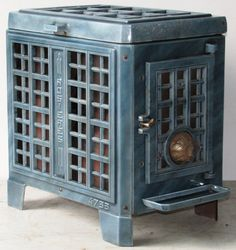 Vintage Art Deco French Stove http://antiquefrenchstove.com/Rosieres%204733.htm