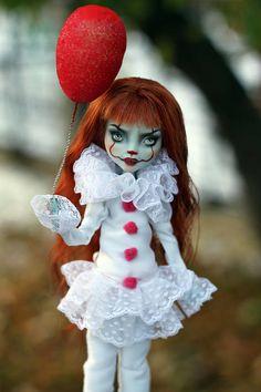 Monster High Ghoulia, Monster High Art, Custom Monster High Dolls, Monster Dolls, Monster High Repaint, Custom Dolls, Ever After High, Ooak Dolls, Blythe Dolls