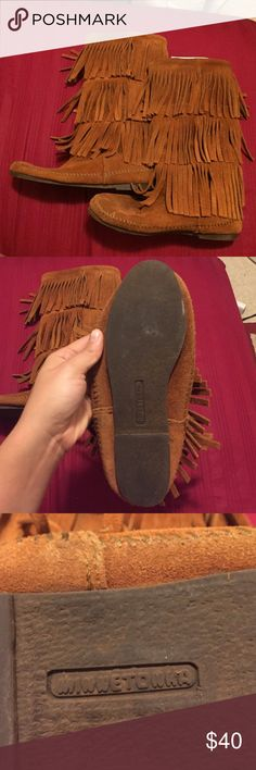 Genuine Minnetonka boots Had these for a little bit now but don't use them much because I live in Hawaii. Super cute, no real flaws. No size listed in boots but I'm positive it's a 7! Minnetonka Shoes Moccasins