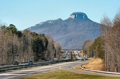 Pilot Mountain, planning now.These 15 Unique Day Trips In North Carolina Are An Absolute Must-Do South Carolina, North Carolina Lakes, North Carolina Mountains, Pilot Mountain North Carolina, North Carolina Day Trips, Charlotte North Carolina, Chapel Hill, The Places Youll Go, Places To See