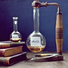 laboratory glassware malt decanter