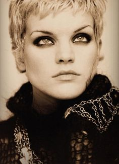 Pauley Perrette - looking HOT as a blonde. This makeup is amazing. Her eyes are fabulous. Stunning.