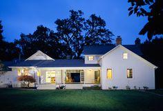 Farmhouse architecture, Modern farmhouse and Farmhouse on Pinterest - ^