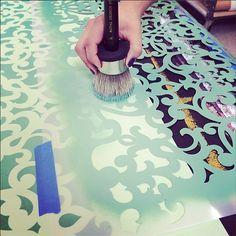 "3"" Brush and Donatella Damask Stencil | Royal Design Studio"