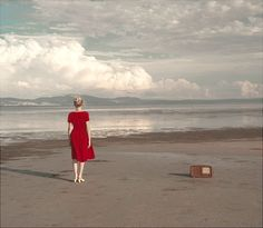 Habitat – Poetic photography by Cristina Coral. This project depicts a girl walking through space and diverse landscapes. It's a journey between daydreaming and reality.