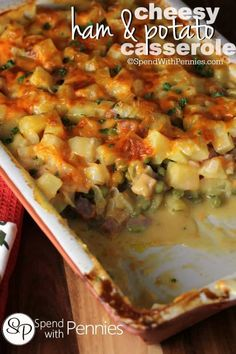 Cheesy Ham and Potato Casserole – Spend With Pennies Cheesy Ham & Potato Casserole! Delicious layers of ham, potatoes and peas with a homemade cheese sauce! (No 'cream of' soup in this recipe! Ham And Potato Recipes, Leftover Ham Recipes, Leftovers Recipes, Pork Recipes, Cooking Recipes, Dinner Recipes, Recipes With Ham, Rub Recipes, Pork