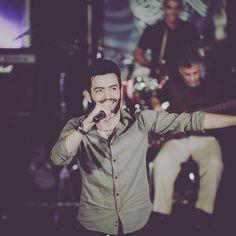 Anis Bourahla Algerian singer انيس بورحلة مغني جزائري