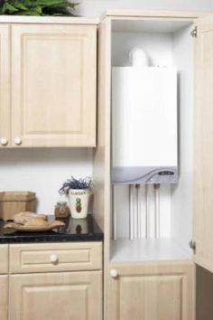 Chaudière gaz dans un placard de cuisine