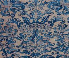 Fortuny fabric ... this is how it is supposed to be turned ... to show the crown!