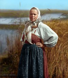 Russian History & Literature Come to Life in Wonderfully Colorized Portraits: See Photos of Tolstoy, Chekhov, the Romanovs & Tatiana Romanov, Czar Nicolau Ii, Peasant Clothing, Ballet Russe, Russian Culture, Colorized Photos, Russian Ballet, Russian Folk, Imperial Russia