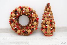 Stroik z orzechów i szyszek, stroik naturalny, stroik bożonarodzeniowy, stroik świąteczny, wianek orzechy, cynamon,  wianek adwentowy, wianek na drzwi, wieniec na drzwi, wianek na ścianę