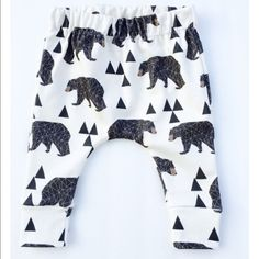 "Harem Pants Trendy and fashionable 2 piece baby and toddler oufit. Comes with ""Baby Bear"" T-Shirt and Harem pants. 3-6 months, 6-9 months, and 12 months. Can get bigger sizes upon request. (All products are brand new with tags) Pants"