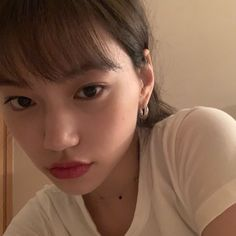 ➩ imagine being as pretty as her 🥺🥺 cant relate ┈━═☆ wekimeki doyeon kpop