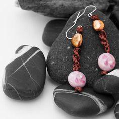Orecchini dinen con perle in ceramica e alluminio