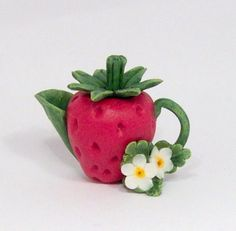 STRAWBERRY SHAPED TEAPOT BY LORY  RESERVED FOR STTHELEN by 64tnt
