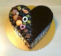 Chocolate birthday cake - cake by AndyCake - CakesDecor Birthday Cake Video, Happy Birthday Cakes, Chocolate Oreo Cake, Chocolate Desserts, Easy Cake Decorating, Cake Decorating Techniques, Baileys Cake, Cake Design Inspiration, Naked Cakes