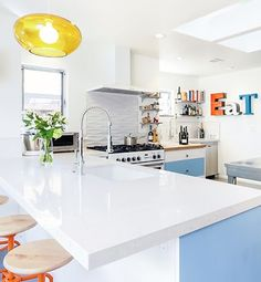 A Punch of Color: Kitchen Crush!