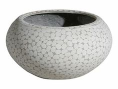 Outdoor pots @Home Outdoor Pots, Nice Shopping, Decorative Bowls, Furniture, Ideas, Home Decor, Decoration Home, Room Decor, Home Furnishings