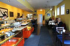 Patisserie Sebastien is located on the corner of Yonge and Fairlawn, just north of Lawrence Avenue.  When I stop by for a visit, January sunlight is stre..