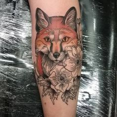 detalised fox head with lined flower Fox Tattoos, Head Tattoos, Flower Tattoos, Tattos, Fox Tattoo Design, Tattoo Designs, Tattoo Ideas, Fox Tattoo Meaning, Tattoos With Meaning