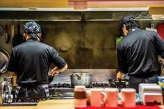 겨울 밤을 외롭지 않게 해줄, 이태원 심야식당 : 매거진캐스트