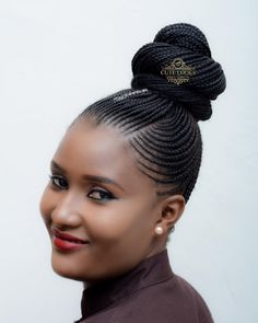 Hi ladies, this is the best time to protect your hair and give some rest because these 2018 hair braiding styles will last longer and save your time of constantly loosing and making another hairstyle, you can actually use your time for other activities. This kind of hairstyles will fit into any kind of events with your desired style of clothes. #2018hairbraidingstyles #2018hairbraids #africanbraidshairstylespictures #blackbraids2018 #boxbraids2018 #cornrowstyles2018 #corn