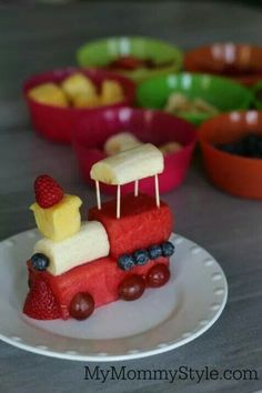 Look how cute these little fruit trains are!
