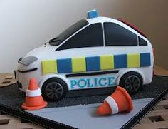 Police car cake made for a 7 year old boy. I expected this to be a difficult and stressful one to do but it was actually quite fun! Police Birthday Cakes, Police Car Cakes, Thomas Birthday Cakes, Boys First Birthday Cake, Cars Birthday Parties, Man Birthday, Birthday Crafts, Car Cakes For Boys, Cakes For Men