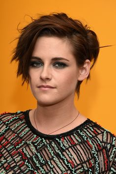 Kristen Stewart worked a tough-girl vibe with this messy short 'do at the 'Camp X-Ray' premiere.