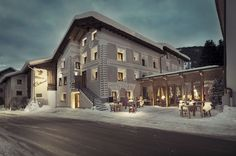 hotel facade For pure Christmas Lovers! Here you will find 6 Hotel Facades in Switzerland with a real Christmas Mood! Colani, Alpine Style, Alpine Village, Christmas Mood, Installation Art, Pure Products, Mansions, Switzerland, Architecture