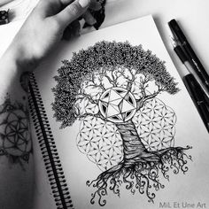 Tree and sacred geometry design by mil et une art tattoos fl Tattoo Life, Flower Of Life Tattoo, Small Flower Tattoos, Olive Tree Tattoos, Fibonacci Tattoo, Fibonacci Spiral, Tree Tattoo Back, Kunst Tattoos, Sacred Geometry Tattoo