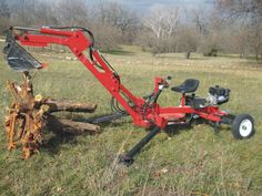 This video series shows the overview build of a Towable Homemade backhoe.The backhoe easily walks itself around the work site with the