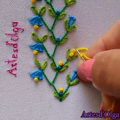 So pretty 😍😍 recover deleted photos android 2020 Hand Embroidery Patterns Flowers, Hand Embroidery Videos, Embroidery Stitches Tutorial, Sewing Stitches, Hand Embroidery Designs, Creative Embroidery, Simple Embroidery, Ribbon Embroidery, Crewel Embroidery