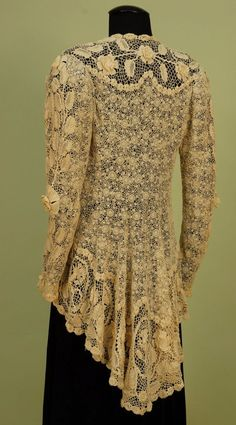 Irish Crochet Lace Jacket 1920 (the Cut & of course Irish Lace is the Very Best You Could & Can Get) Vintage Outfits, Vintage Dresses, Vintage Fashion, Vintage Clothing, Crochet Jacket, Lace Jacket, Peplum Jacket, Lace Peplum, Mode Boho