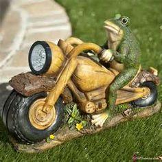 Bike Rider Frog Garden Statues-Gardening Pictures900 x 900   142.1 KB   she.sulekha.com