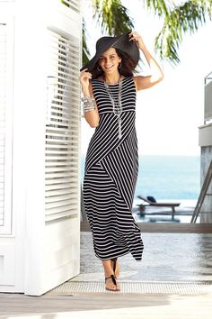 Love the stripe directions. bold black & cool white #chicos
