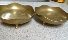 Vintage Brass bowls. Etsy listing at https://www.etsy.com/listing/241947470/vintage-brass-bowls-set-of-2-brass-bowls